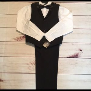 New Young Kings by Steve Harvey Black Tux Size 18